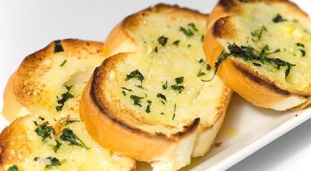 Ternyata Mengolah Garlic Bread Tidak Sesulit Yang Orang Bayangkan Berikut Ini Tipsnya