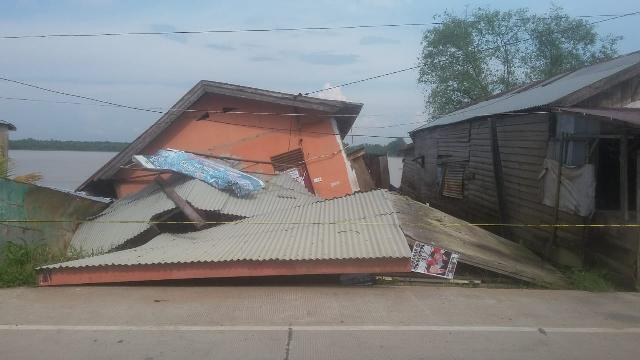 Lagi-lagi Longsor, 3 Unit Rumah di Tembilahan Rusak