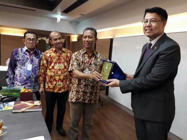 Rektor UIR Tertarik Jalin Kerjasama dengan Kasem Bundit University