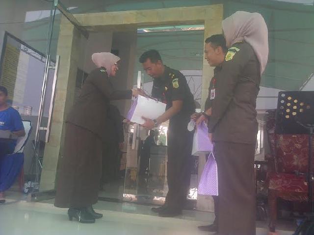 Sertijab Pegawai Kejari Bangkinang Berlangsung Haru