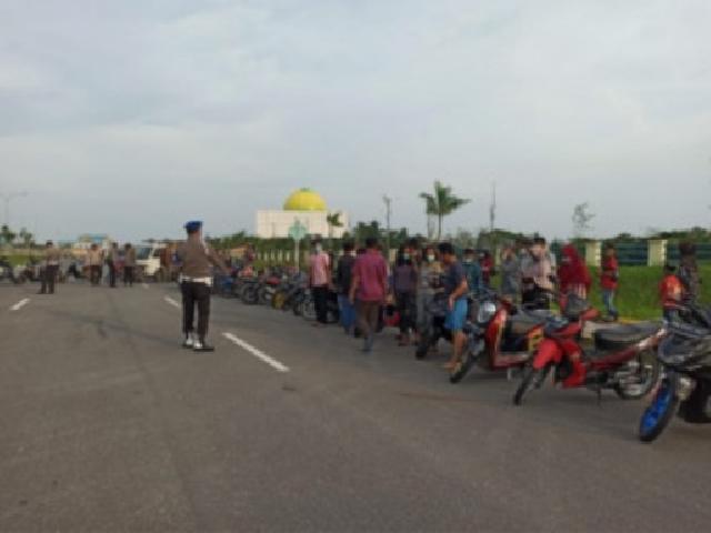 Terjaring Razia Balap Liar di Komplek Kantor Walikota, Ratusan Sepeda Motor Ditilang