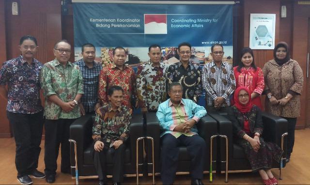 Bersama Menko Perekonomian, Bupati Meranti Ikuti Rakor Pengembangan Komodity Kelapa