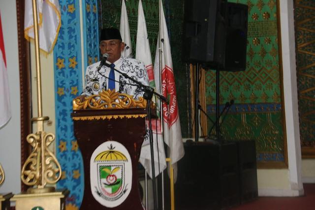 HM Harris : PGRI Kabupaten Pelalawan Harus Dapat Meningkatkan Kualitas Pendidik Dan Tenaga Pendidik