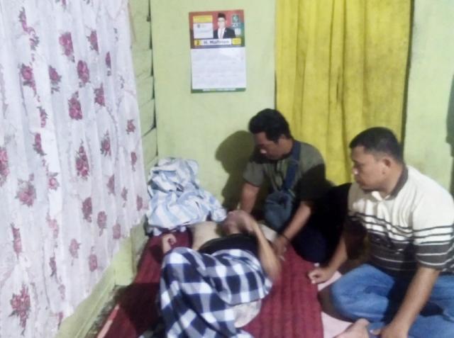 Sahabat Mafirion di Inhu Jenguk Pak Ujang 5 Tahun Terbaring Sakit Tak Punya BPJS