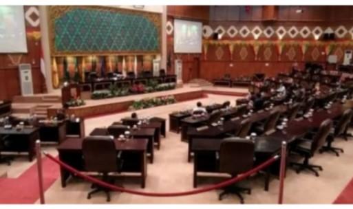 Belum 2,5 Tahun, Banyak Fraksi di DPRD Riau Rotasi Anggotanya