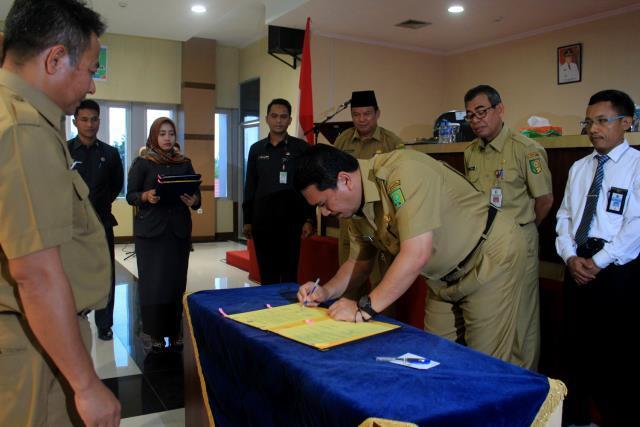 Pakta Integritas Dan MoU Ditanda Tangani Tiga Kabupaten