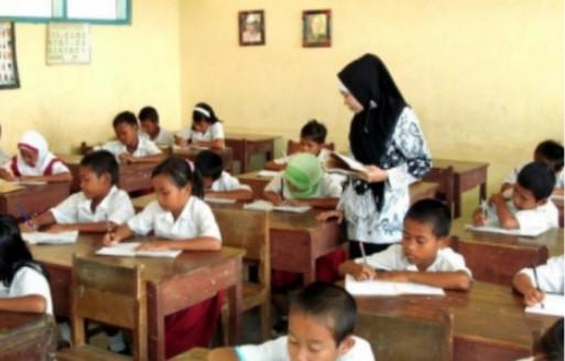 Tolak PPPK, Guru Honorer Usia di Atas 35 Tahun Desak RUU ASN Segera Disahkan