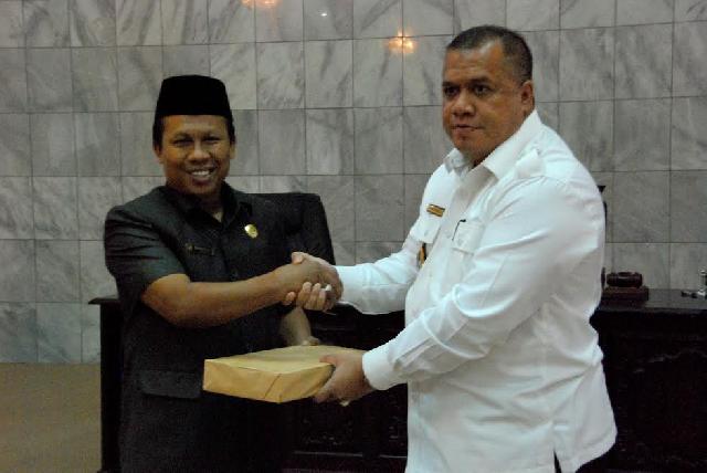DPRD Inhu Bahas dua Ranperda yang Diajukan Bupati