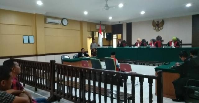 Coblos Lebih Dari 2 Kali, Anggota KPPS di Kampar Divonis Penjara 2 Tahun dan Denda Rp24 Juta