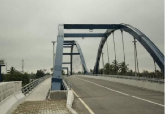 Eks Bupati dan Ketua DPRD Kampar Diduga Terima Uang dari Proyek Jembatan Bangkinang