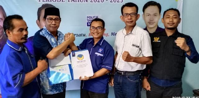 Maju Pilkada Meranti 2020 Pasangan Masrul Kasmy - Yulian Norwis Kembalikan Formulir Pendaftaran