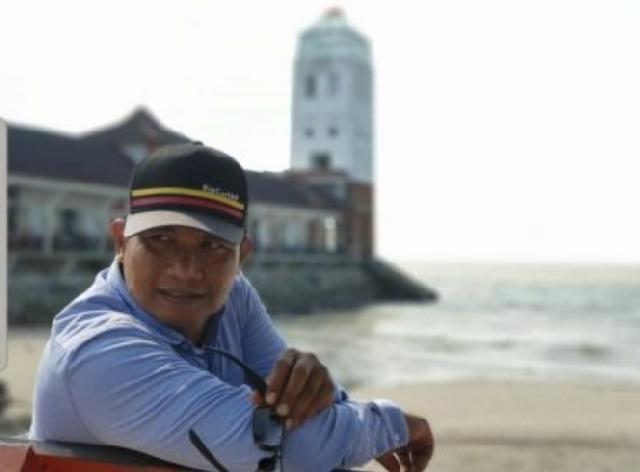 Ramon Damora Raih Anugerah Jembia Emas 2020