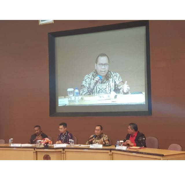 Bupati Meranti Tampil Sebagai Pembicara Seminar Nasional Pengelolaan Aset Daerah di MEP FE UGM