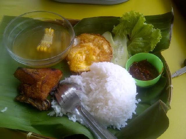 Kemana Mencari Nasi Timbel di Pekanbaru?, disini Tempatnya