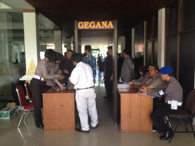Pengamanan Gedung Daerah Diperketat, Panitia Sediakan Dua Tenda Besar di Samping Gedung