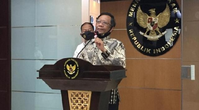 Mahfud Md: Pemerintah Tak Larang Warga Tonton Film G30S/PKI, Hukumnya Mubah