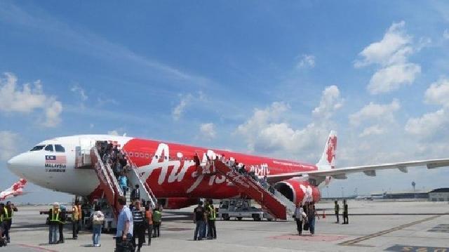 Rute Penerbangan Air Asia Pekanbaru-Bandung Tutup, Ini Alasanya
