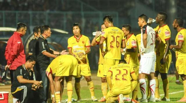Sriwijaya FC Menjamu Arema Cronus di Solo