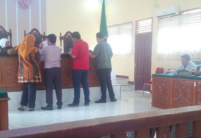 Sidang Prapradilan, Dua Ahli Hukum Pidana Sepakat, Pasal 2 Dan Pasal 3 UU PTPK Delik Materil