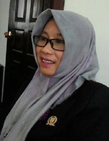 Mempunyai Kontribusi Besar Menjalankan Tugas, Hj Suryati: Tenaga Honorer Guru Jagan di Rumahkan