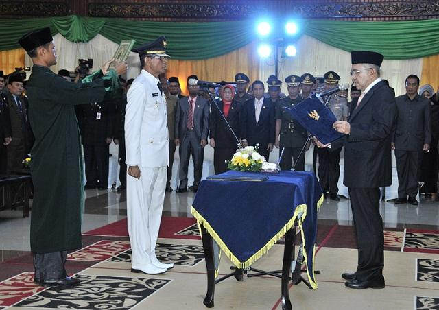 Plt Gubernur Riau Lantik Penjabat Bupati Inhu