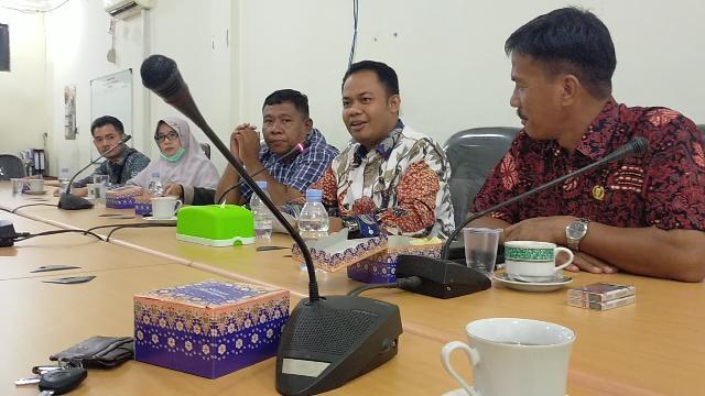 Komisi II DPRD Inhu Ancam Agen dan Pangkalan LPG 3Kg Yang Bandel Diproses Hukum, Rp18.050 Ini HETnya