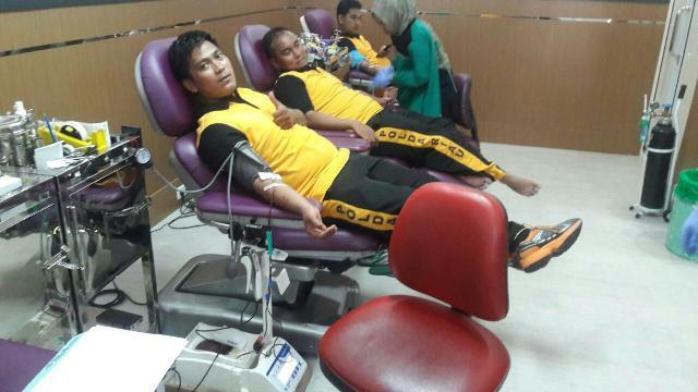 HUT Ke 4, Bintara TA 2013 Polda Riau Laksanakan Giat Donor Darah