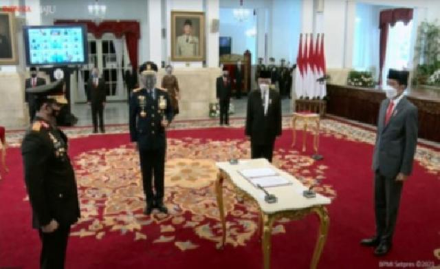 Resmi Jabat Kapolri, Presiden Lantik Listyo Sigit Prabowo Gantikan Jenderal Idham Aziz