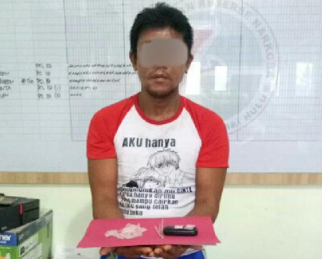 Pria Pengedar Sabu-Sabu Diringkus Sat Narkoba Polres Indragiri Hulu