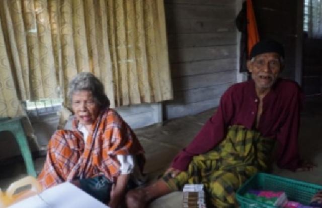 Getir Kehidupan Kakek Syafri, Lansia 86 Tahun yang Terus Berjuang Menopang Keluarga