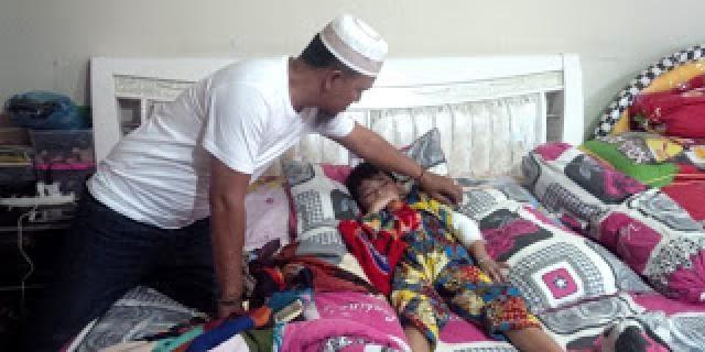Pelayanan RSUD Dr RM Pratomo Buruk, Pasien Mengalami Patah Tulang Ditelantarkan