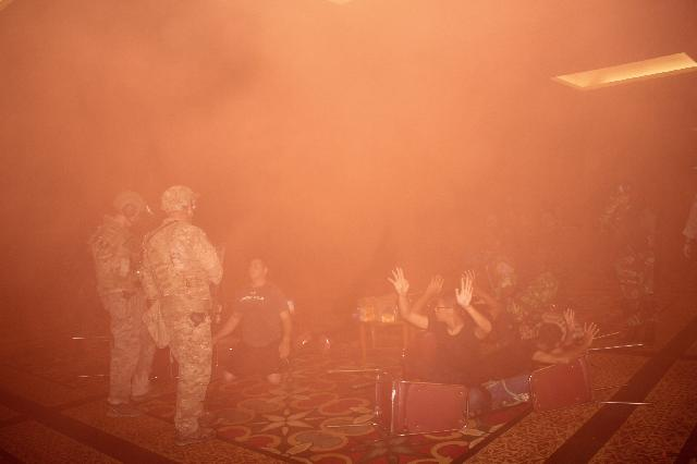 Penyelamatan 8 Orang Sandera Oleh Paskhas AU dan Pasukan Elit Amerika Dari Aksi Teror