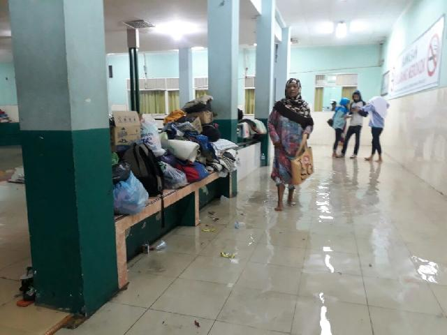 Ruangan ICU dan Kebidanan RSUD Banjir
