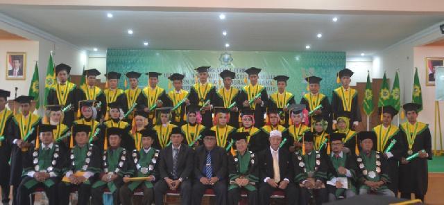 170 Mahasiswa Diwisudakan Pada Sidang Senat Terbuka STAI AULIAURRASYIDIN