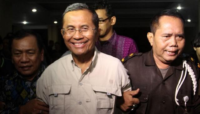 Mantan Menteri BUMN Dahlan Iskan Ditahan Kejaksaan