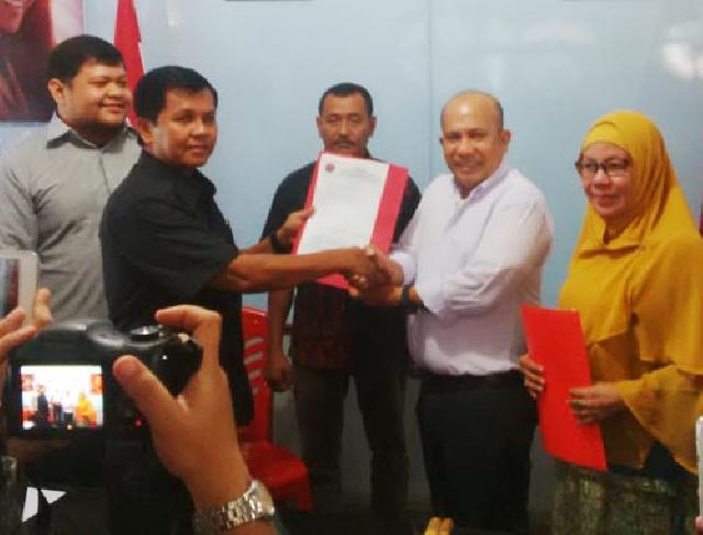 Mendaftar di PDI-Perjuangan, Dheni Kurnia Punya Jurus Jitu Menang di Pilkada Pekanbaru 2017