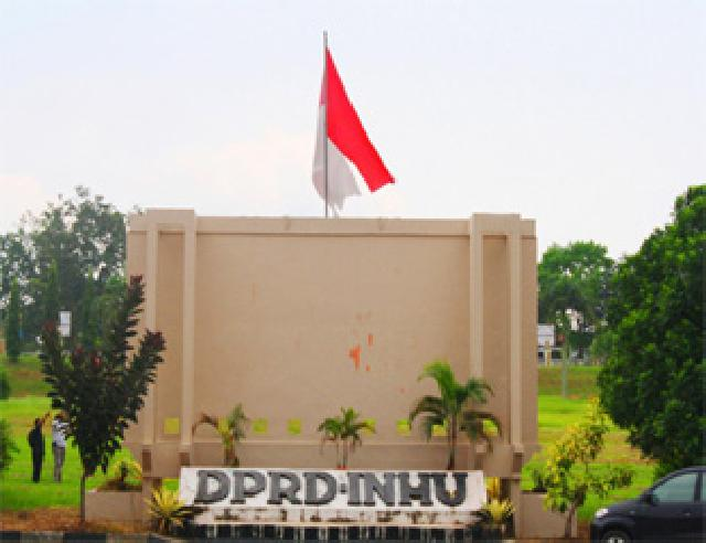 Miswanto, Sumini dan Adila Ansori Pimpinan DPRD Inhu Definitive