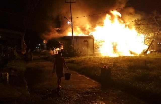 Kebakaran, 3 Unit Rumah di Sungai Guntung Ludes