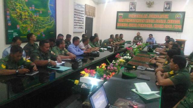 Pelatihan Jurnalistik Untuk Para Babinsa Jajaran Kodim 0313/Kampar