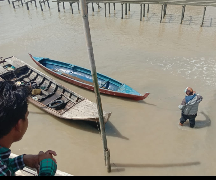 Nelayan Binaan TNI-AL Terima Perahu, Jerry : Semoga Bermanfaat