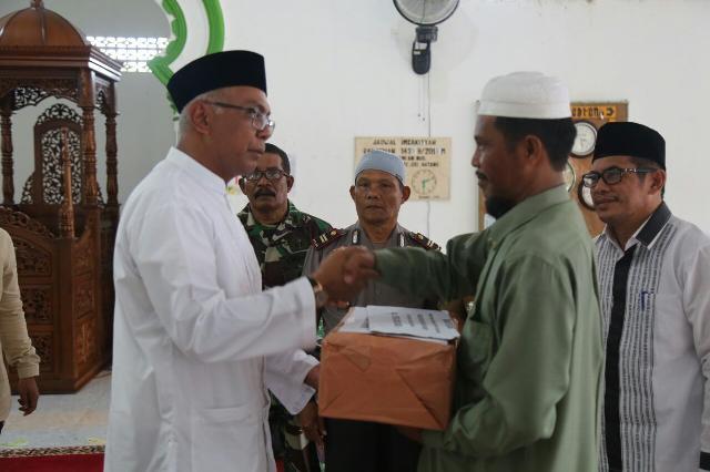Safari Ramadhan, Pjs Bupati Inhil Kunjungi Masjid Di 2 Kecamatan