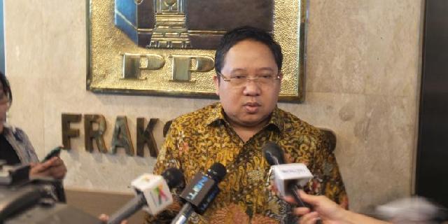 Romahurmuziy dan Djan Faridz Diminta Lepaskan Posisi Ketua Umum PPP