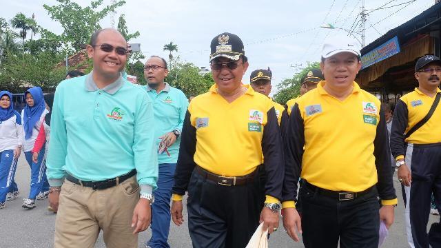 HKN Ke - 53, Bupati Inhil Ikuti Jalan Sehat