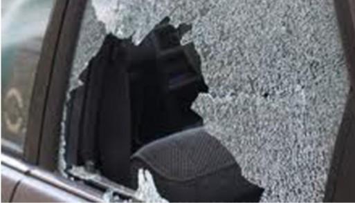 Dua Pelaku Pencurian Modus Pecah Kaca Mobil Babak Belur Dihajar Massa