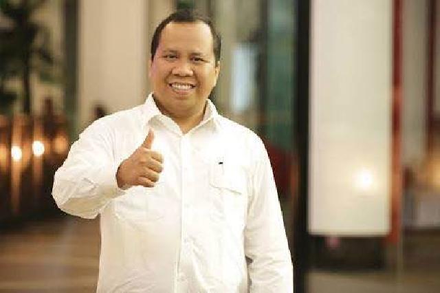Mantap, Bupati Irwan Raih UMKM Award Kategori Pembina dan Penggerak UMKM Terbaik