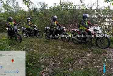 Personil Koramil 05/Prp Lakukan Patroli Sisir Desa Sungai Aur Untuk Cegah Karhutla