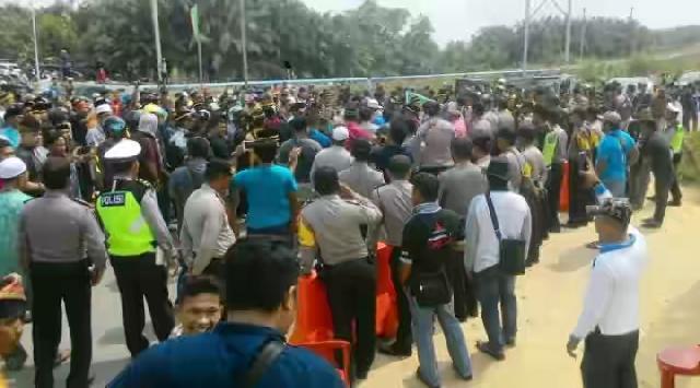 Nyaris Bentrok Sesama Warga Mandau Kab.Bengkalis, Ini Reaksi Tokoh Dan Masyarakat Riau