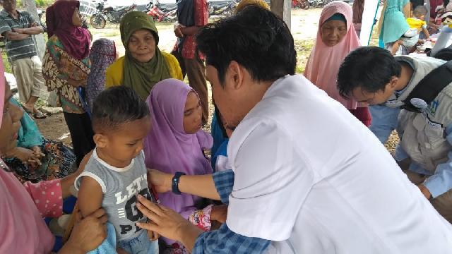 Dompet Dhuafa Indragiri Hulu dan BMT Indragiri Gelar Pengobatan Gratis di Desa Suka Jadi