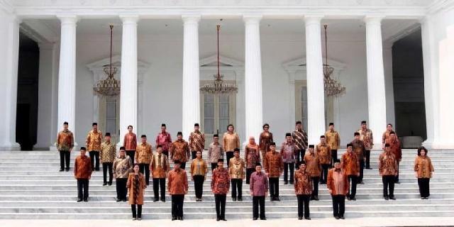 Tokoh Kawasan Timur Kritisi Kabinet Jokowi