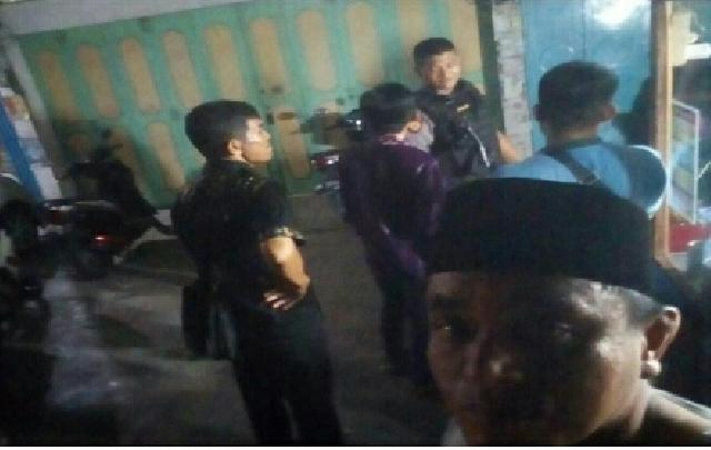 Dibantu Polisi, Rumah Ketua Komisi II Dikepung KPK